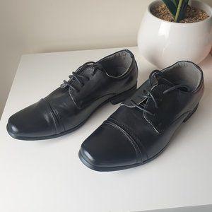 Grosby boys black lace up dress shoes